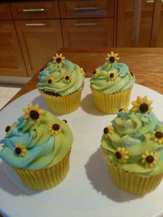Anna Frozen Fever Cupcakes                                                                                                                                                                                 More