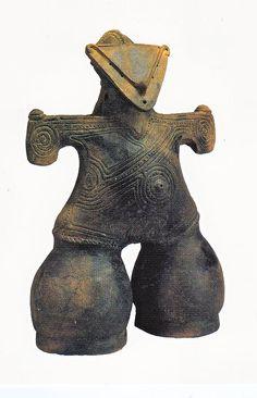仮面土偶(重要文化財)長野県茅野市中ツ原(なかっぱら)遺跡 縄文後期 Kamen clay figures (important cultural property), Nagano Prefecture Chino ChutsuHara (a Kappa-ra) ruins Jomon late