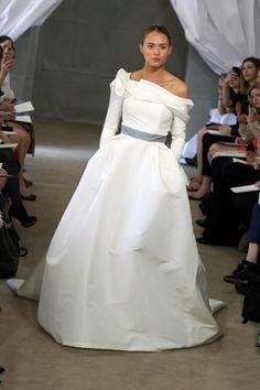 White Haute Couture dress by Carolina Herrera Bridal show 2013
