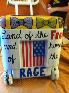 Land of the FREE and home of the RAGE.(idea for cam's cooler) Fraternity Coolers, Frat Coolers, Bubba Keg, Coolest Cooler, Cooler Painting, Sorority Crafts, Owl, Do It Yourself Crafts, Boyfriend Gifts