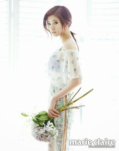 Alluring Redhead Jung So Min For Marie Claire Korea + Extra Spreads Of Lee Young Ae Korean Photoshoot, Couple Photoshoot Poses, Pre Wedding Photoshoot, Jung So Min, Young Actresses, Korean Actresses, Marie Claire, Miss Korea, Lee Young