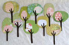 Inspiriert durch das frische Grün Wachstum und Blüten des Frühlings, werden diese bunte Bäume eine nette Geste Scrapbook-Seiten, Karten, Geschenk-Taschen oder Tags hinzufügen. Auch können sie einen schönen Frühling-Banner schmücken Ihr Zuhause machen.  die Details: • Stellen umfasst 10 Bäume Hand geschnitten und von mir montiert • das Papier alle ist Säure und Lignin frei und dicken variieren • * Bitte Hinweis * grün und Pink gemustert papers WILL VARY aus den •Tree Stämme variieren in Farbe…