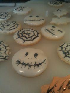 Sugar cookies with royal icing !