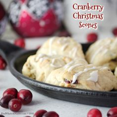 Cranberry White Chocolate Scones are the perfect treat for Christmas morning or anytime of the year. Flaky, sweet and tart all in one bite size scone! Melting Chocolate, White Chocolate, Christmas Scones, Christmas Cookies, Raisin Scones, Oatmeal Scones, Thing 1, Baked Chips, Christmas Morning