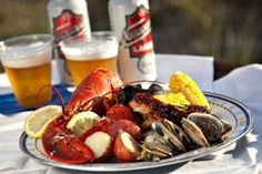 what to eat at weekapaug inn clambake father's day weekend