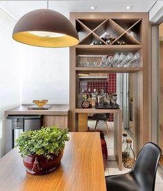 Uma varanda gourmet que é puro charme. Em um só lugar tudo o que é preciso para os momentos de lazer. Projeto Daiana Capuci Fotografia Fellipe Lima