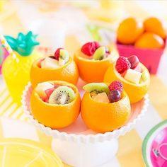 Bom dia! Frutinhas são ótimas opções para festa, saudáveis e coloridas!  #kikidsparty