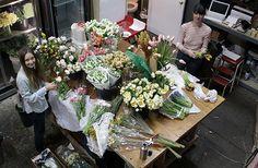 SAIPUA prep work: love this image of SAIPUA prepping flowers