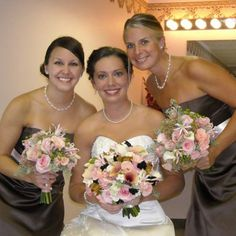 """bride and bridesmaids bouquets 