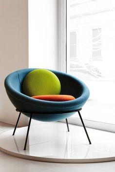 bardi-bowl-chair-arper-5.jpg 683×1024 pikseli