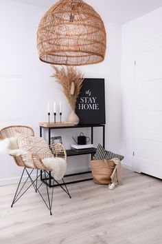 Living Room Chairs, Living Room Decor, Natural Lamps, Esthetics Room, Rattan Lamp, Lounge Lighting, Thing 1, Home And Living, Wicker