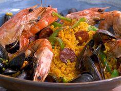 Ma recette de paella express à la plancha - Laurent Mariotte 20 Min, Barbecue, Shrimp, Meat, Cooking, Ethnic Recipes, Food, Chorizo, Gourmet