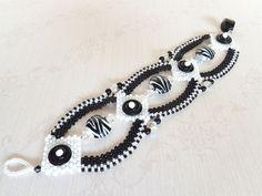 Black and White Beadweaving Bracelet by dorothydomingo on Etsy, $85.00