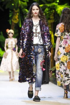 Dolce and Gabbana Ready to Wear  Spring Summer 2017  Milan