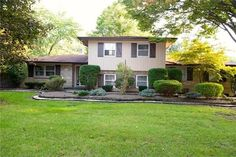 677 W Edgewood Ave, Indianapolis, IN 46217