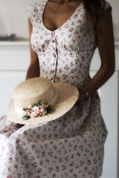 Dirndl dress Grace Bright White Source by Vestidos Vintage, Vintage Dresses, Vintage Outfits, Vintage Fashion, Pretty Outfits, Pretty Dresses, Beautiful Dresses, Cute Outfits, Dirndl Dress