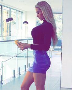 A double major at the Bimbo Training Academy—interior design and bimbo studies. Training Academy, Skater Skirt, Mini Skirts, Elegant, Celebrities, Sexy, Leather, Beauty, Women