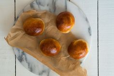 Briossisämpylät - Sweet Food O´Mine Sweet Recipes, Fruit, Food, Essen, Meals, Yemek, Eten