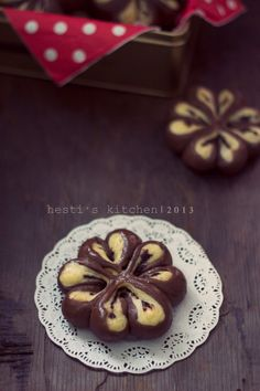 HESTI'S KITCHEN : yummy for your tummy...: Roti Cokelat