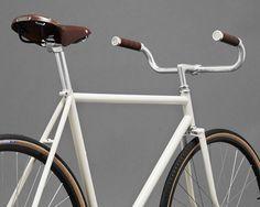 Horse Cycles x KM City Cruiser (Cream) - Kaufmann Mercantile