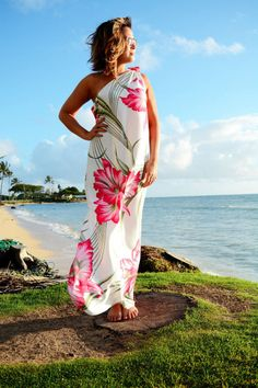 Vintage 70s Hawaiian Maxi, Tropical Print Dress // 1970s, Boho, Asymmetric Shoulder, Floral, Women's Size Large XL