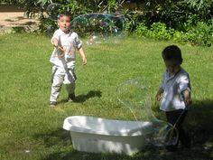 fiesta infantil de pompas de jabon