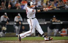 Manny Machado pegó dos cuadrangulares por los Orioles, que tomaron una ventaja de 3-0 en el primer inning frente al abridor Drew Hutchison