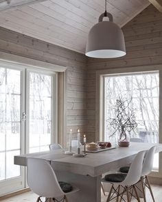 Home Decor Furniture Ideas. Perfect solutions in the case of home improvment. home improvement project ideas. Scandinavian Interior, Scandinavian Style, Modern Cottage, Deco Design, Dining Room Design, Dining Rooms, Interiores Design, Side Chairs, Home And Living