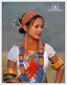 India | Portraits of young women from Longding District, Arunachal Pradesh | © Arif Siddiqui