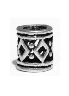 Små sølvperler kan f.eks. bruges som skægperler.. ca 5x4mm, Hul ca 3mm.  45 kr pr stk