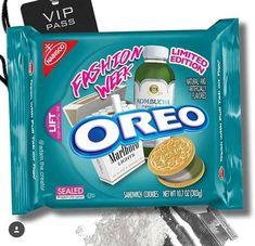 Oreo's Dank New Flavors! Weird Oreo Flavors, Pop Tart Flavors, Cookie Flavors, Funny Food Memes, Food Humor, Oreo Truffles Recipe, Oreo Cookies, Oreo Box, Oreo Desserts