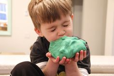 DIY play dough so easy, so quick, so good you'll want to kiss it!