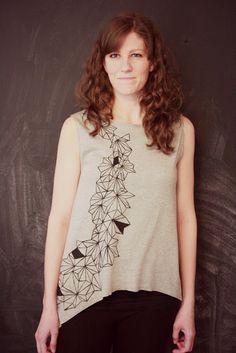 Easy Flutter Tee Women's Shirt Tutorial... - The Sewing Rabbit
