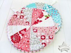 ScrapBusters: Patchwork Trivets with Circular Quilting - Sew4Home