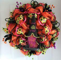 DIY Mesh Haunted House Halloween Wreath