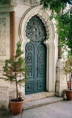 Door in Kapi, Istanbul Islamic Architecture, Beautiful Architecture, Architecture Details, Morrocan Architecture, Beautiful Buildings, Cool Doors, Unique Doors, Entrance Doors, Doorway