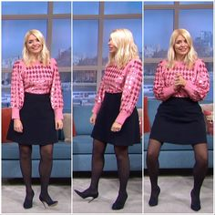 Holly Willoughby Legs, Holly Willoughby Outfits, Colored Tights Outfit, Black Tights, Celebrities In Stockings, Avengers Girl, Tv Presenters, Looks Great, Leather Skirt