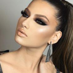 bronze makeup – Hair and beauty tips, tricks and tutorials Glam Makeup Look, Sexy Makeup, Makeup Art, Makeup Tips, Beauty Makeup, Makeup Looks, Hair Makeup, Casual Makeup, Gorgeous Makeup