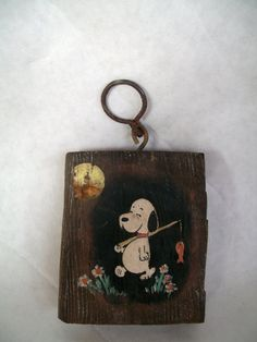 Vintage Wall Hanging Snoopy Beagle W/ Fishing Pole Rustic Distressed 3  X  3.5 Inches Cabin Decor