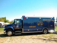 ◆Oregon State Police Bomb Squad ~ International 4400 EOD Response Vehicle◆