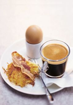 Wake up and smell the coffee—Nespresso espresso, that is. A robust Grand Cru served in a stylish Glass Espresso Cup makes a wonderful addition to any breakfast spread.