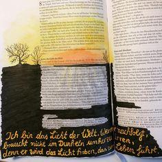 Johannes 8,12 #johannes #lichtderwelt #licht #light #luz #finsternis #john #bibleverse #bibel #bible #biblia #bibleartjournaling #bibleartjournalingchallenge #bibleartjournalingdeutsch #baj #illustratedfaith