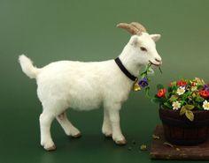 Dollhouse-Miniature-Nanny-Goat-by-PaizleyPawz-OOAK Schleich 13719
