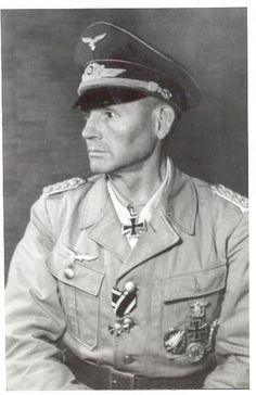 "■ GdFT Hermann-Bernhard Ramcke (1889-1968) RKESB Kdr FschJägBrg ""Ramcke"" - Kdr Festung Brest"