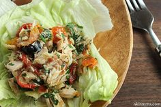 This Mediterranean Tuna Salad is a great lunch idea. Easy to make and need I say, delicious?! #mediterranean #tunasalad #tunarecipe #saladrecipes #cleaneating #fishrecipe