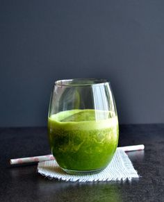 How to Vanilla Almond Chai Green Smoothie