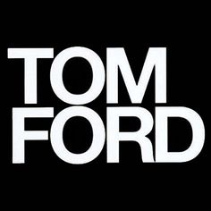 Tom Ford classe ed eleganza in una sola parola occhiale Fashion Brand, Mens Fashion, Fashion Edgy, Fashion Logos, High Fashion, Luxury Fashion, Tom Ford Sunglasses, Sunglasses Sale, Ford News