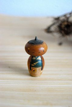 kokeshi.  I hope I can bring one home from our trip to Japan!
