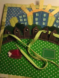 """Сшила очень красивую, добрую, интересную книжку по произведению Самуила Яковлевича Маршака """"ГДЕ ОБЕДАЛ ВОРОБЕЙ"""". Для маленького ребенка путь в мир литературы лежит через рассказывание взрослых и чтение ими книг. Для малыша книга - это дверца в большой мир, полный чудес, тайн..."""