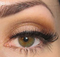 Glitter is my crack...: Pin Up Makeup look for photo shoot - Day 2